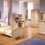 Мебель из светлого дерева в интерьере
