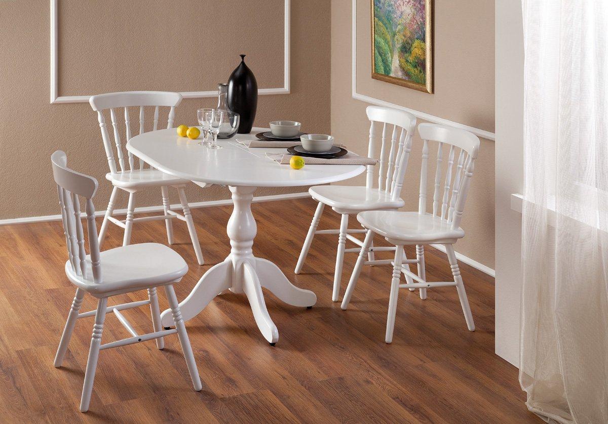 Белая мебель в столовой