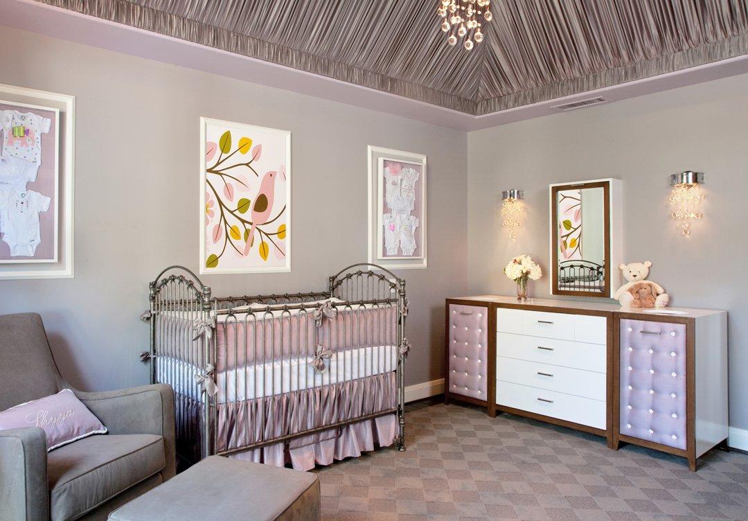 Сиреневый декор детской комнаты
