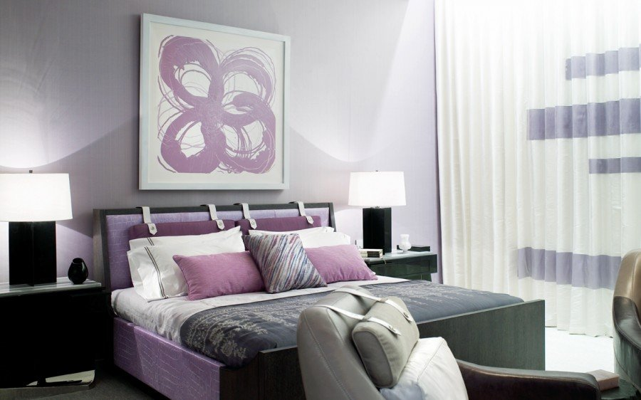 Сиреневый цвет в современной спальне