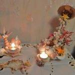 Композиция из ракушек и свечей