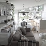 Светлый частный дом