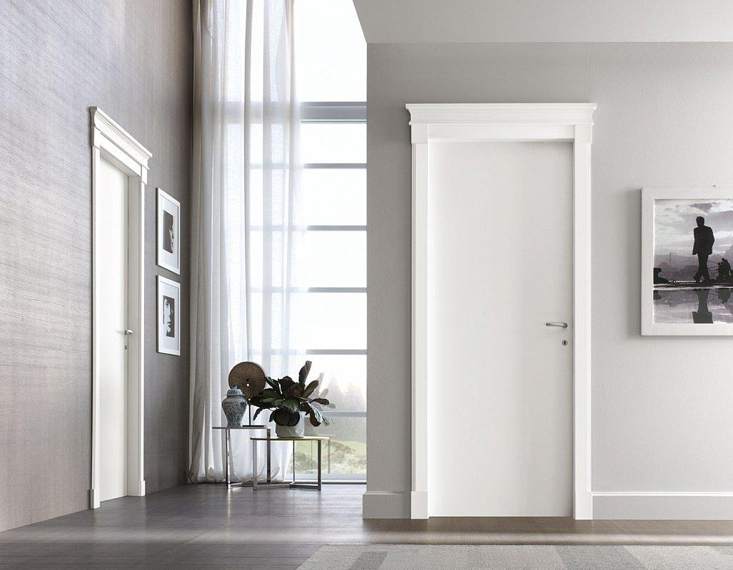 светлые двери в дизайне квартиры
