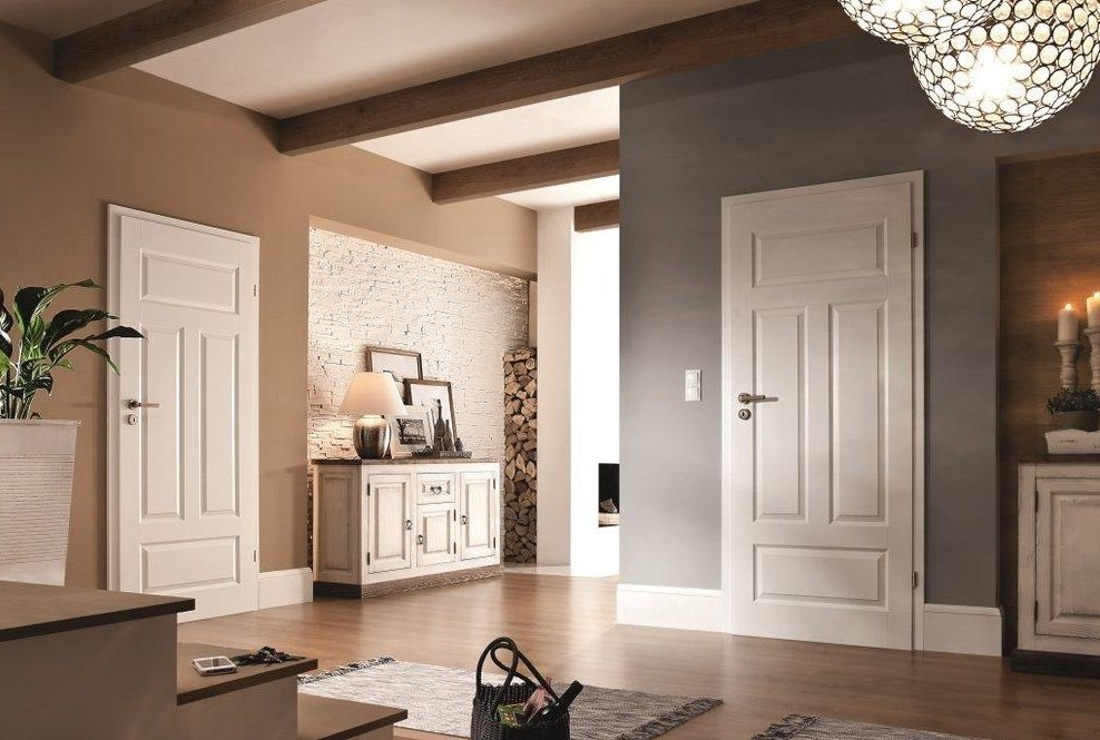белые двери в интерьере квартиры фото глухих глухонемых людей