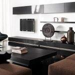 Черная мебель в гостиной