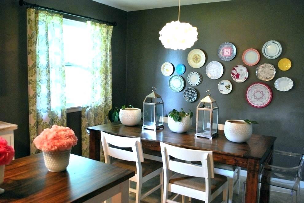 Яркие акценты в декоре комнаты