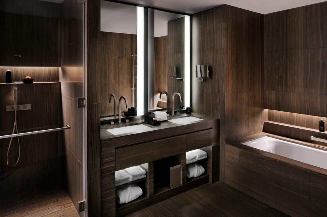 Темный декор ванной в доме
