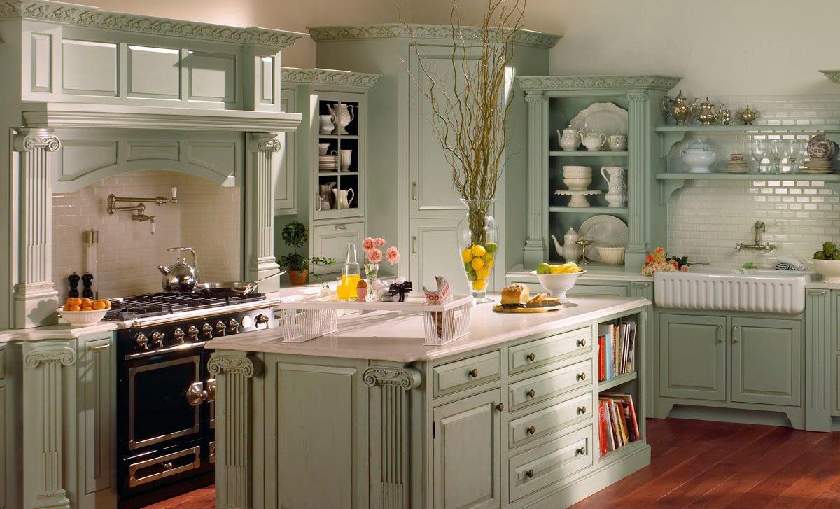 Ламинат на полу кухни в стиле кантри