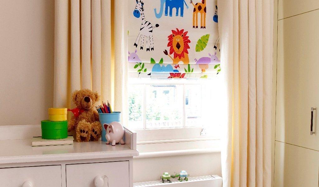 Красочные шторы для детской