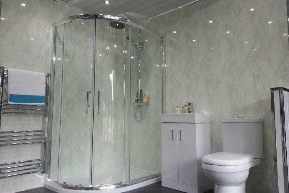 Панели на каркасе в ванной