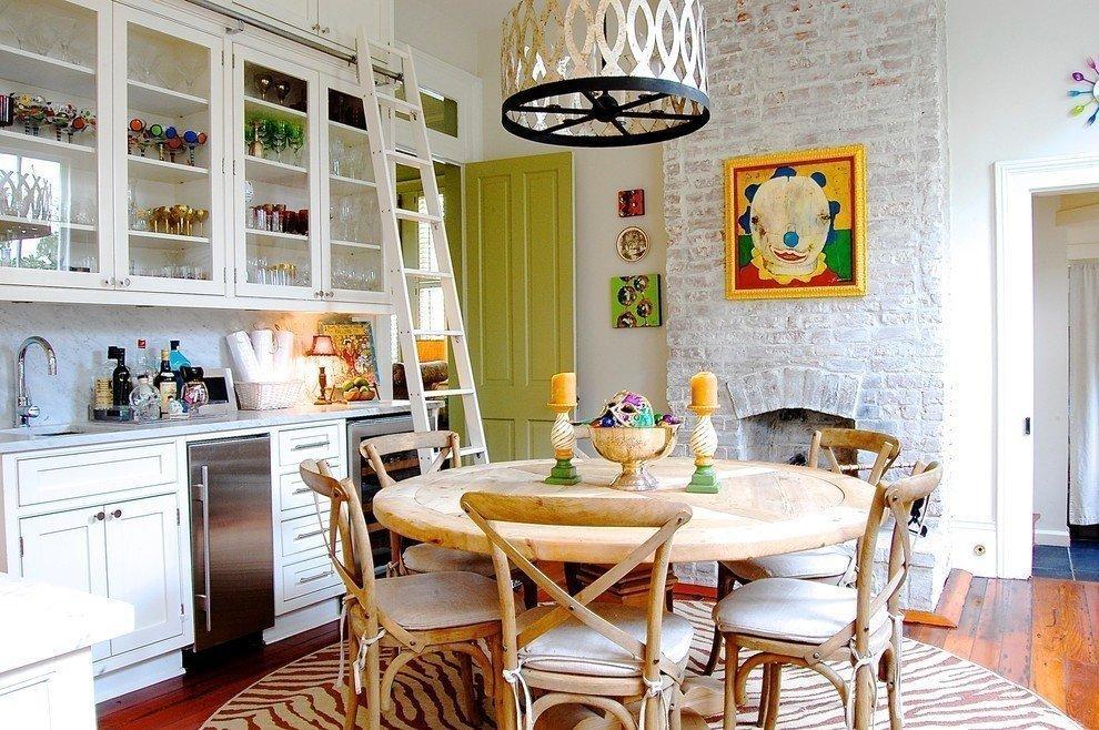 Интерьер кухни и столовой в стиле эклектика