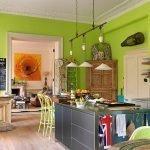 Кухня с салатовыми стенами