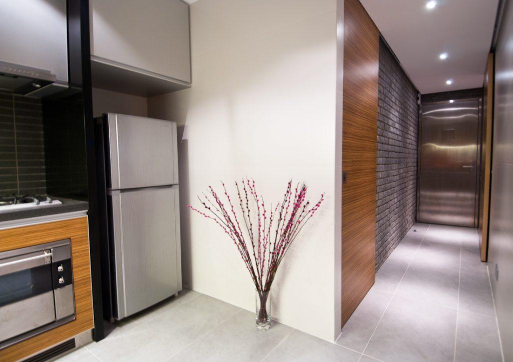 ольгинке большой, прихожая и кухня в одной комнате фото зависимости дресс-кода