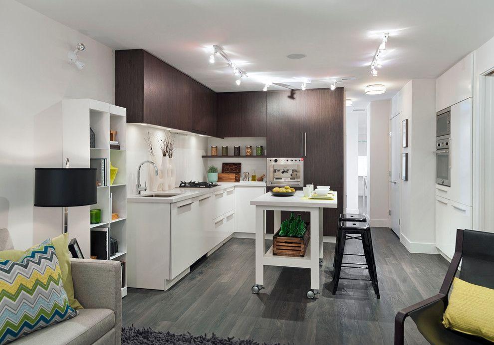 Серые полы в кухне