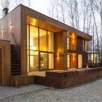 Конструкция из дерева и стекла