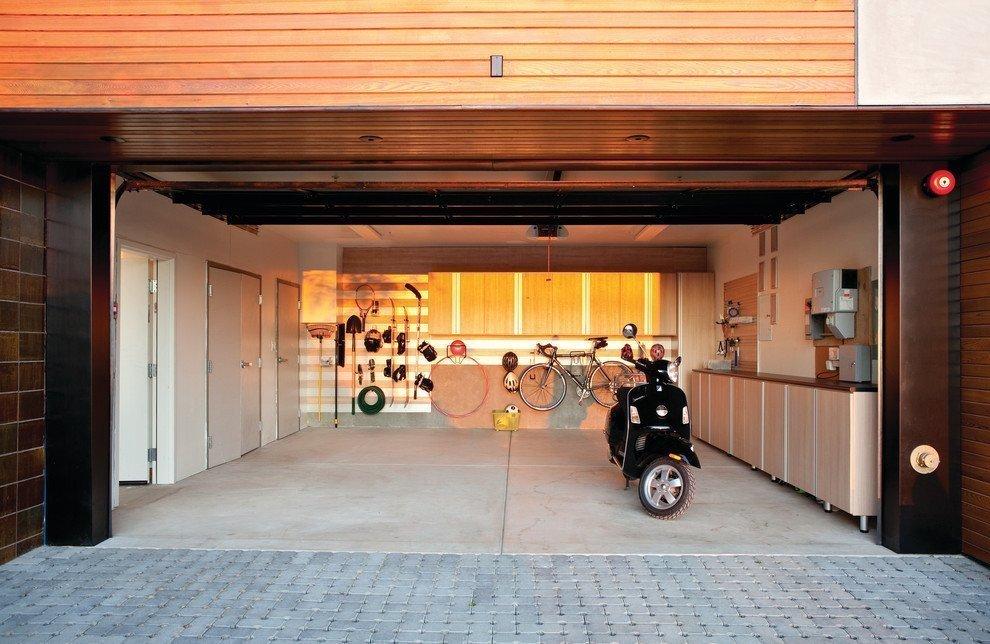 Фото гаражей в частных домах внутри