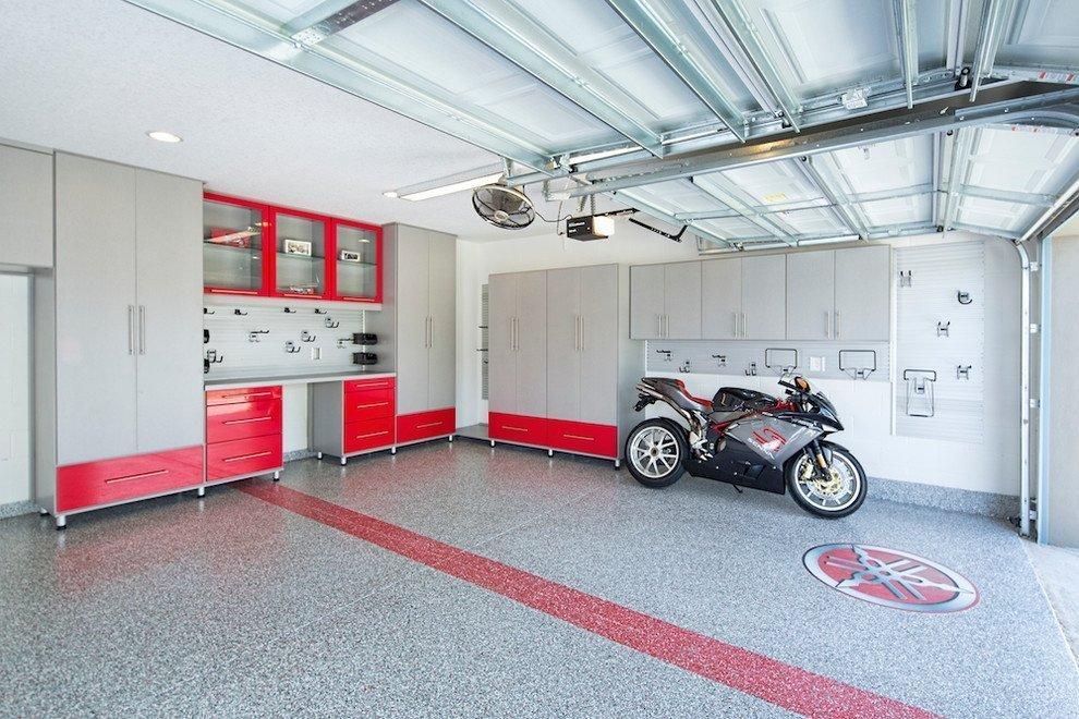 Резиновые плиты на полу в гараже