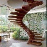 Оригинальный декор лестницы