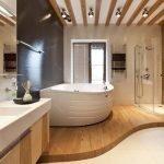 Ванна и душ на подиуме