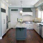 Островок в кухне