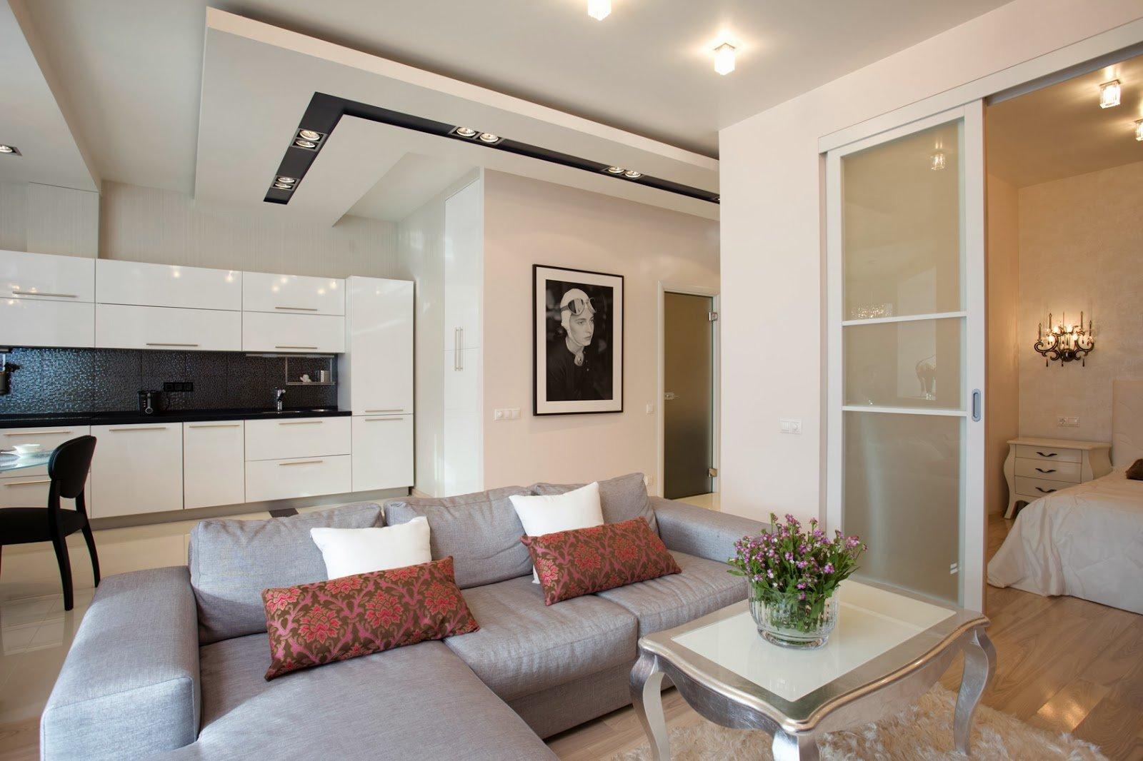 Раздвижные двери в небольшой квартире