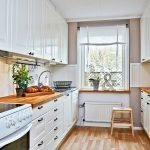 Кухонная мебель с деревянными столешницами