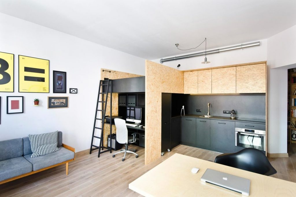 Место для подростка в квартире студии