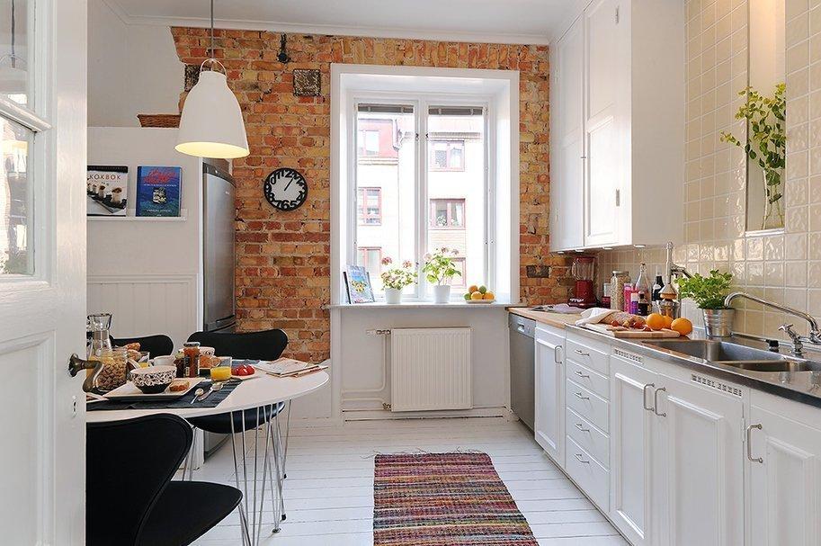 Обои под кирпич на кухне в скандинавском стиле