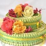 Бусы на торте