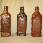 Разные оттенки кожи на бутылках