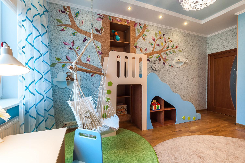 Дизайн стены в детской комнате