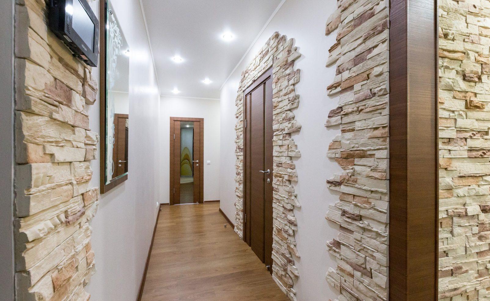 Decorative corner decoration
