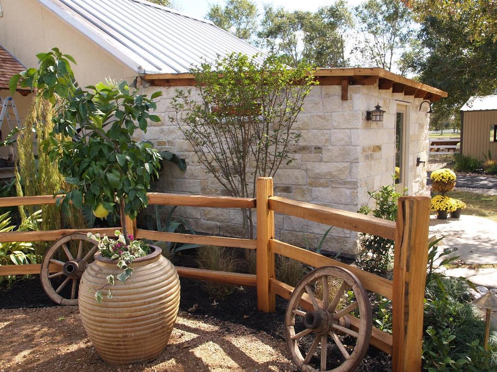 дизайн деревенского двора фото вам даже