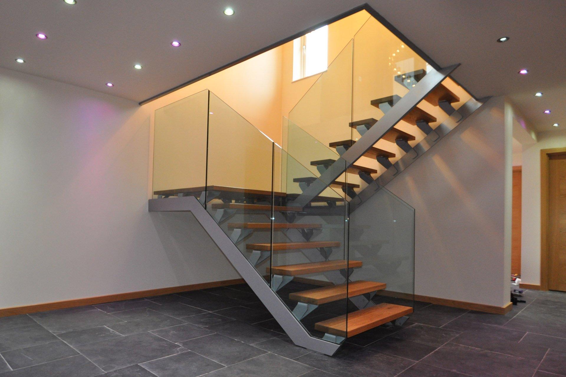 Двухъярусная лестница