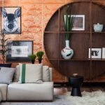 Угловой диван в гостиной