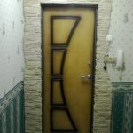 Узор на двери