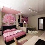 Фотообои с цветком в спальне