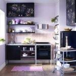 Дизайн кухни в черных и сиреневых тонах