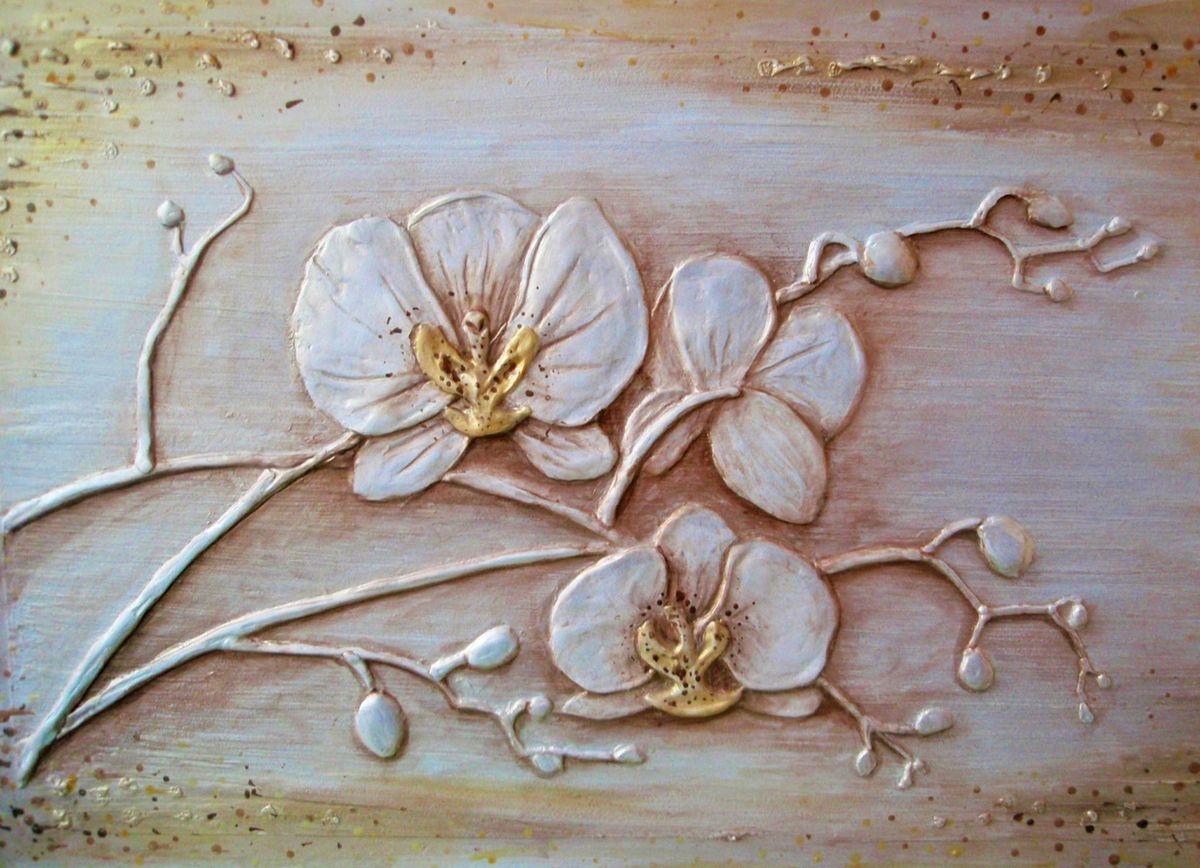 Барельеф орхидея