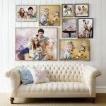Семейные фото на стене