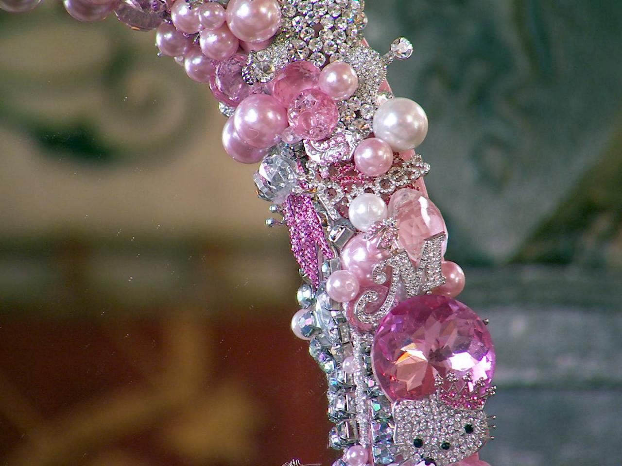 Декор зеркала бисером