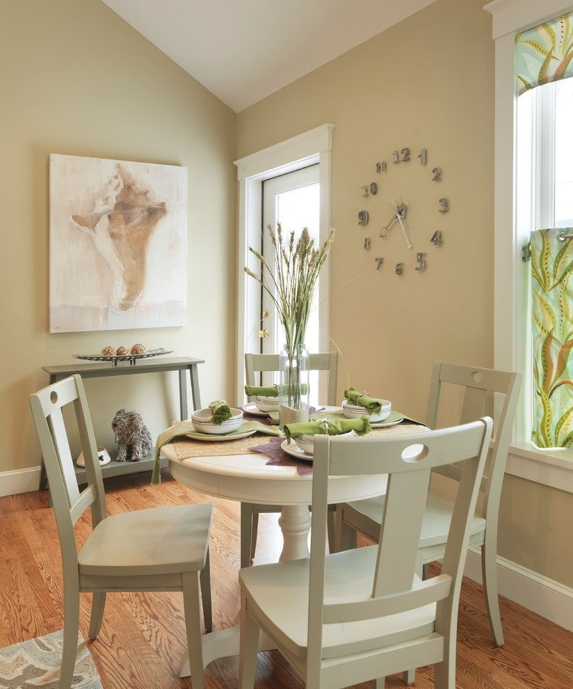 Dining area in bright colors