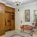 Мебель в прихожей в классическом стиле