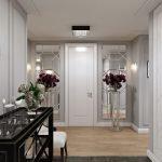 Подставки с вазами на полу у двери