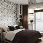 Дизайн спальни с выходом на балкон