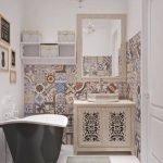 Дизайн узкой ванной комнаты в готическом стиле