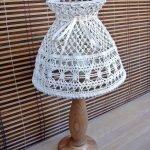 Лампа с ажурным абажуром