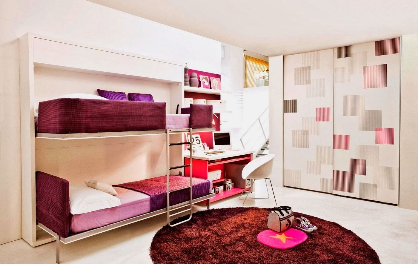 Бордовый цвет в интерьере комнаты
