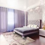 Спальня в нежно-фиолетовых оттенках
