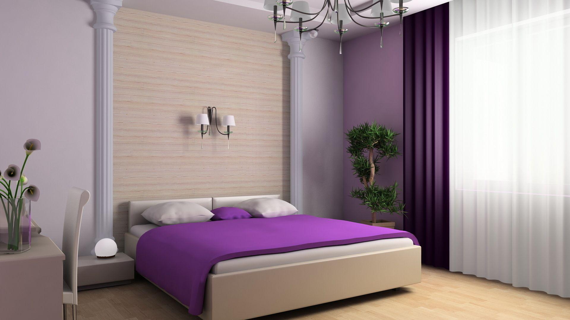 Фиолетовое покрывало на кровати